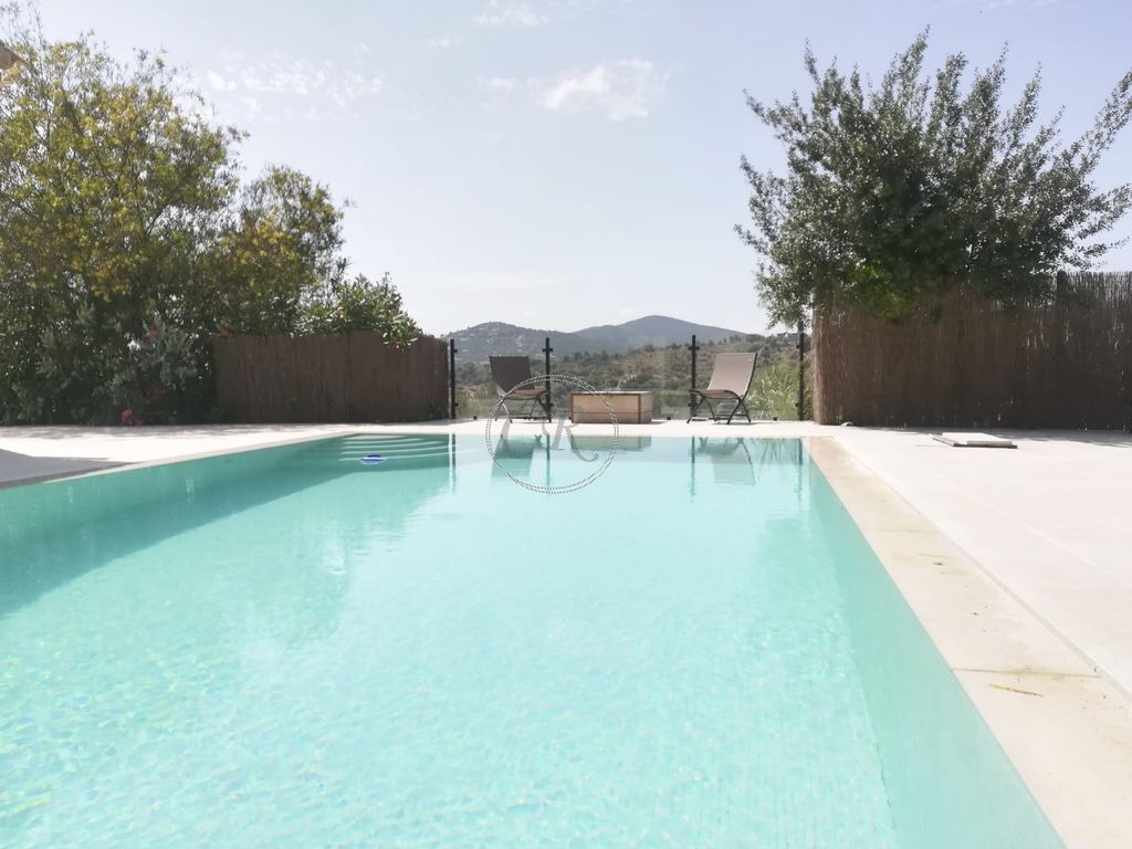 Villa with Pool - Panoramic View - Exceptional Price - Bormes-les-Mimosas