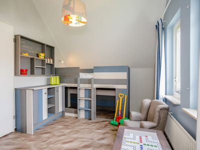 Photo for Bungalow in the holiday park Landal Natuurdorp Suyderoogh - Indoor swimming pool with paddling pool