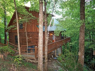 Photo for Beautiful Cabin with Hot Tub