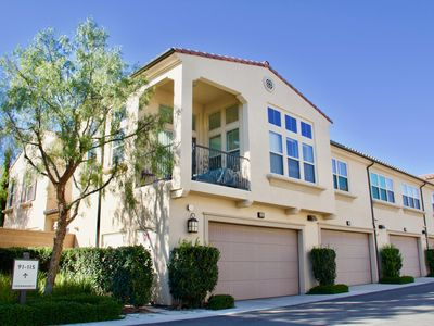 Photo for Stonegate Elegant Townhome close to the pool