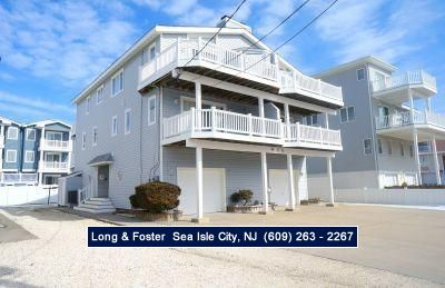 Photo for Beach block townhouse.... steps to a great beach. Also short walk to shopping, dining, playground, tennis,