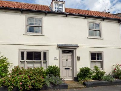 Photo for 54 BRIDGE STREET, country holiday cottage in Brigg, Ref 941703