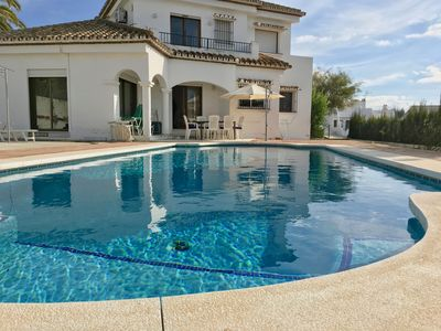 Photo for Spacious, light villa: large pool, 3 bed 3 bath, sea views