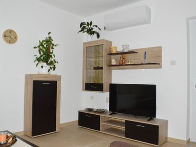 Photo for 75 m2 apartment with air conditioning, satellite TV and internet