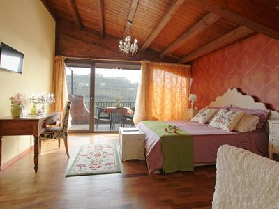 Photo for Charming JUNIOR SUITE in Villa with panoramic terrace, swimming pool, free breakfast