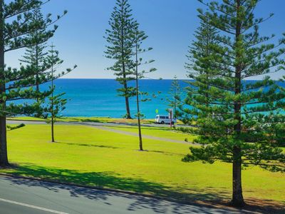Photo for Ocean Court 8, 13 Lord Street,