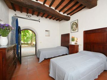 Search 1,699 holiday rentals