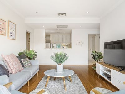 Photo for A Perfect Stay – A Perfect Stay – Alberts on Esplanade - Port Melbourne