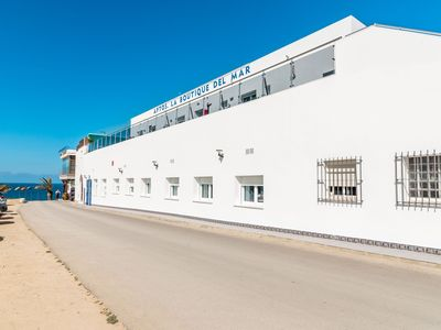 Photo for Modern, with roof terrace and very close to the beach - Apartamento Caviar