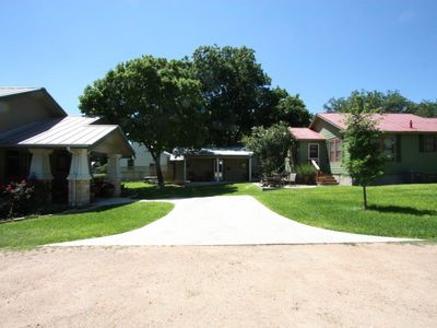 Photo for Agape Rear Cottage - Walking Distance to Main Street