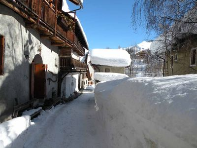 Photo for Charming appartment located in a quiet ancient alpine House with character