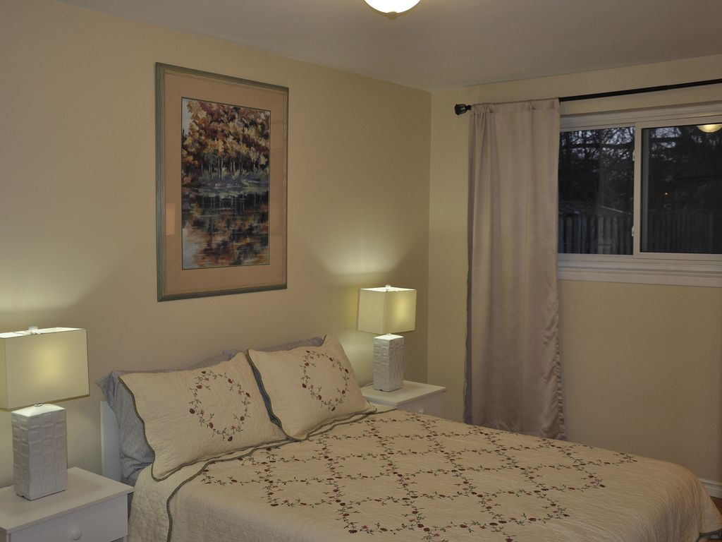 Downsview park bright and spacious ground f vrbo for 1 bedroom apartment near downsview station