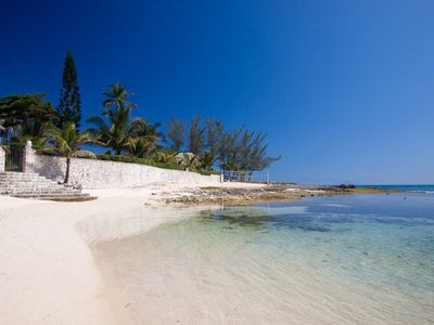 Photo for SEVEN SEAS JAMAICA - Luxury 4 Bed Beach Villa in Ocho Rios - STAFF INC
