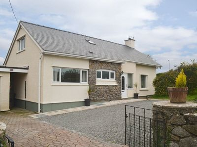 Photo for 4 bedroom accommodation in Benllech, near Llangefni