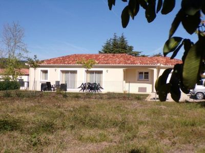 Photo for Gite Prayssac, 3 bedrooms, 6 persons