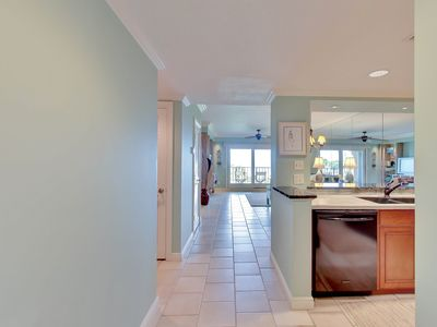 Photo for 2 Bed/2 Bath Turtle Dunes - Updated condo w/ gorgeous views!
