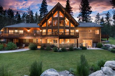 Beautiful hand hewn log accented home secluded on edge of Bitterroot Mountains