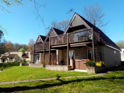 Valley View and Treetops Lodges