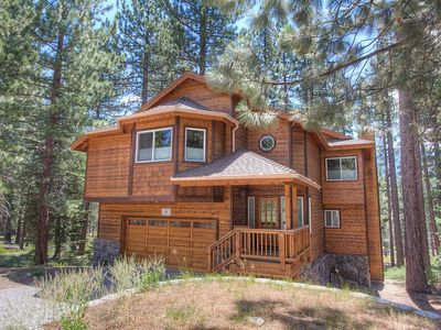 Photo for Luxury Tahoe Home w/Hot Tub & Pool Table (COH1211)