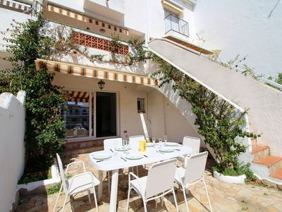 Photo for House in Empuriabrava 850m from the sea, 3 bedrooms, sleeps 8