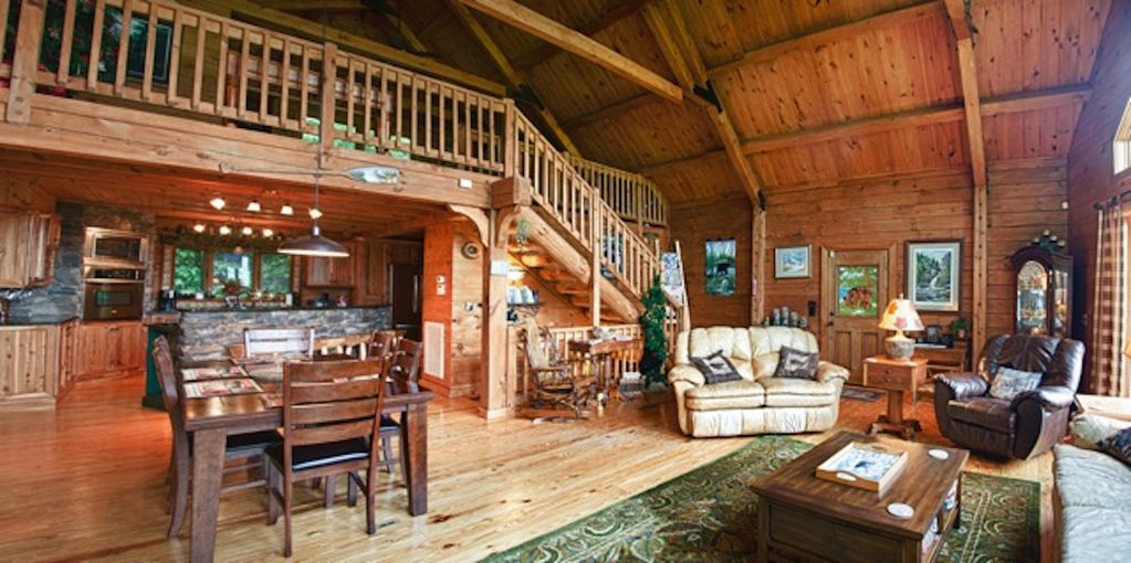 family and pet friendly cabin with loft quintessential