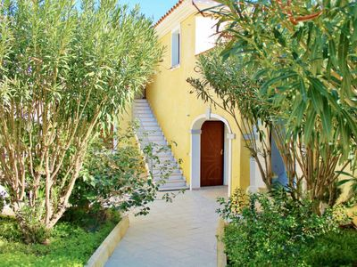 Photo for One bedroom Apartment, sleeps 2 in Tanaunella with Air Con