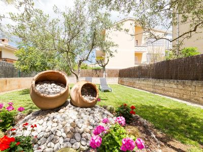 Photo for Roses - Beautiful villa with garden in Port d'Alcúdia