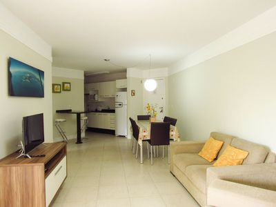 Photo for Cód 186 Apartment with 03 bedrooms on the beach of Bombas