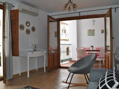 Photo for Bright and quiet 2 bedroom apartment