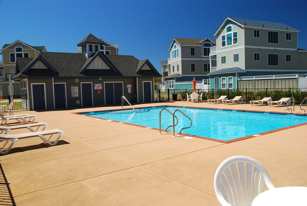 Villas At Corolla Bay Brand New 4 Bedroom Beat The Traffic With Flexstay Whalehead Outer