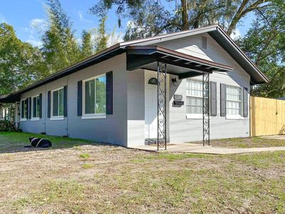 Photo for Cute Orlando Bungalow! Hip Downtown District.