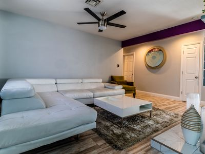 Photo for 3 bed/2bath w/1G inter