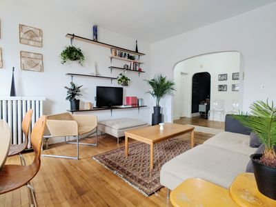Photo for Stylish and Cozy Apartment Near Coolidge Corner