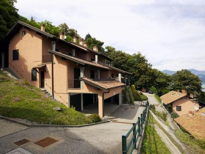 Photo for Large 3-room apartment with balcony and fantastic view of Lake Maggiore