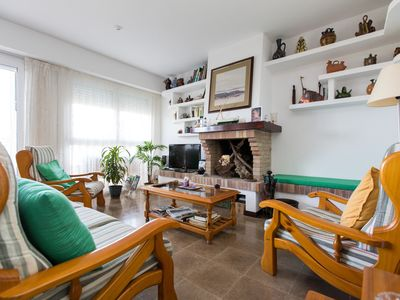Photo for Spacious Fosca Breeze apartment in Palamós with WiFi, private terrace, private garden & balcony.