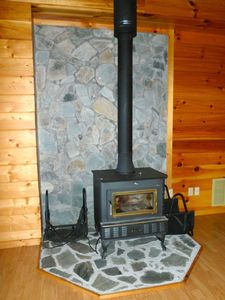 Wood burning stove. Please let us know if you need wood.