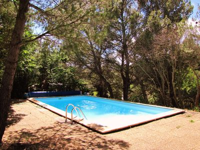 Photo for 4 bedroom villa with private pool close to the sea