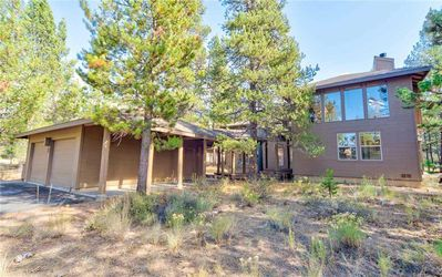 Photo for Large open lodge style Sunriver home. Free SHARC Passes.