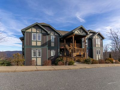 Photo for Peace & Tranquility at Echota - 2bd/2ba condo with long range mountain views and club amenities