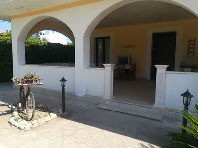 Photo for Villa LOSA outskirts of AVOLA just 350 meters from the beach. Independent villa