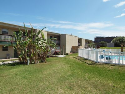 Photo for 1 bedroom 1 bath remodeled condo with beach access and community pool!