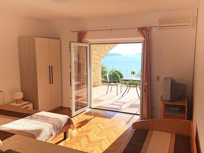 Photo for Apartment Mare in Dubrovnik/Soline - 3 persons, 1 bedrooms