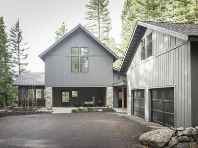 Photo for Open Concept Living Space, Fabulous Patio, BBQ, Fire Pit, and Full Resort Access