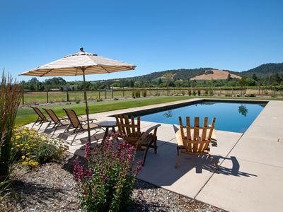 Photo for A Relaxing Oasis in the Heart of Wine Country
