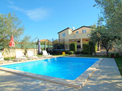 Photo for Holiday house with pool for 4 people in Tar-Vabriga