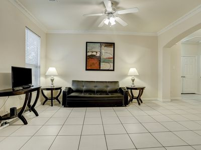 Photo for New Listing!! Newly furnished condo, I-10 West/Beltway 8, 4 bedrm 2 bath, 77080
