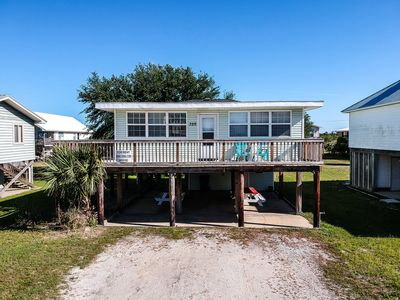 Fully Renovated 2Br/2Ba- Prime Gulf Shores Location! Walk to beach & restaurants