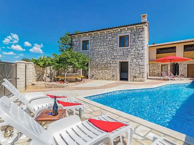 Photo for A quaint hideaway with private pool set in central Istria on the edge of a small village, sleeps up to 8 people