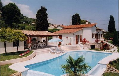 Photo for Villa on the hills of Golfe Juan