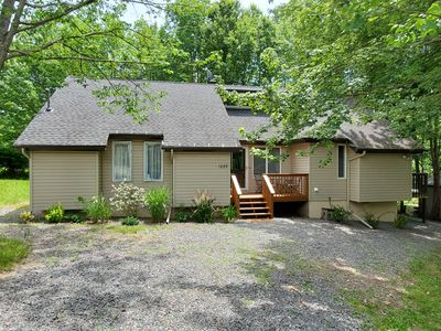Photo for Cozy Retreat in the Hideout - New Listing